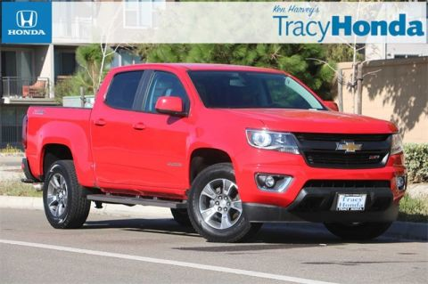Pre-Owned 2017 Chevrolet Colorado Z71 8-Speed Automatic with Navigation & 4WD