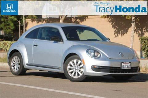Pre-Owned 2014 Volkswagen Beetle 1.8T Entry 6-Speed Automatic FWD 2D Hatchback