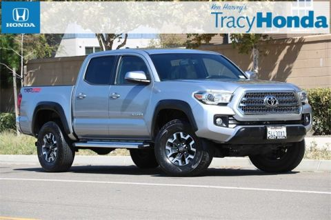 Pre-Owned 2016 Toyota Tacoma TRD Offroad 6-Speed Manual with Navigation & 4WD