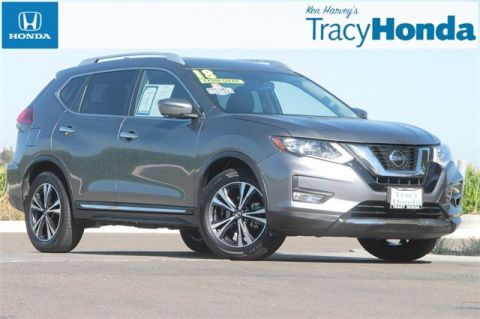 Pre-Owned 2018 Nissan Rogue SL CVT with Xtronic with Navigation
